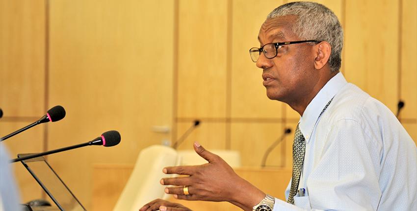 قدم الدكتور كابا أورغيسا عرضاً تقديمياً عن الزراعة الإثيوبية والخطط المستقبلية.