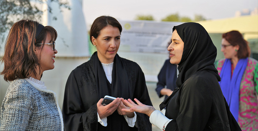 H.E. Mariam Almheiri and H.E. Sarah Al Amiri visited the integrated farming system at ICBA's experimental station as part of EXPO2020 Dubai project.