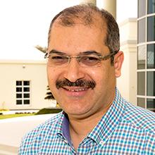 الدكتور خليل عمار